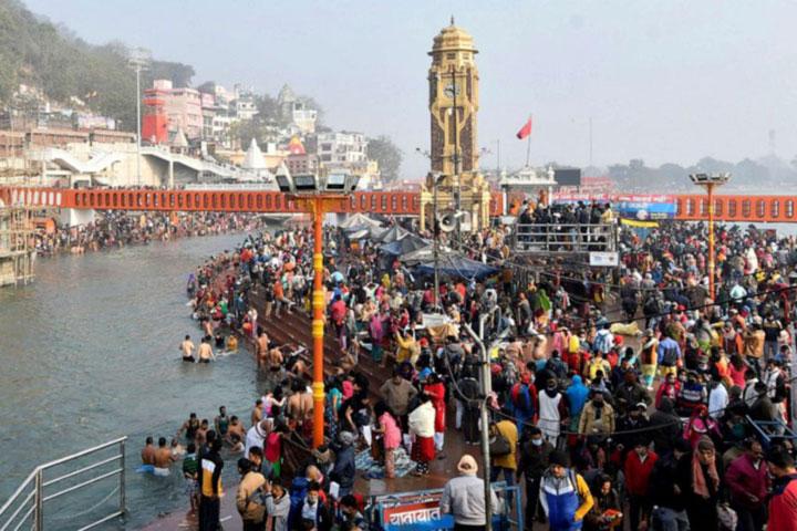 Mass religious festival goes ahead in India despite coronavirus fears