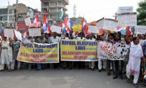 পাকিস্তানে ধর্মীয় সংখ্যালঘূদের